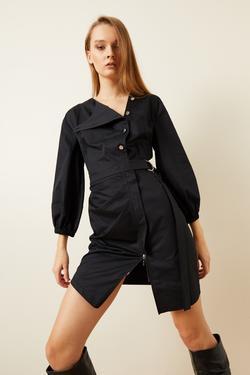 Fermuar Detaylı Düğmeli Elbise