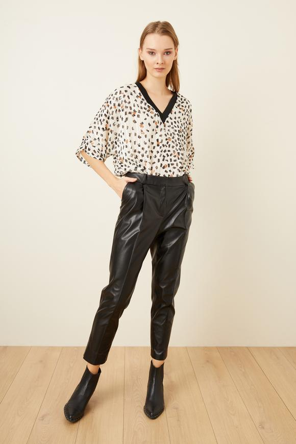 Siyah Boru Paça Deri Pantolon