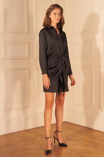 Siyah Saten Önü Bağlamalı Gömlek Elbise