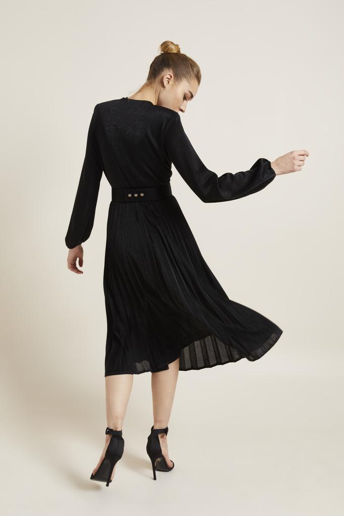 Siyah Kemerli Örme Pliseli Elbise