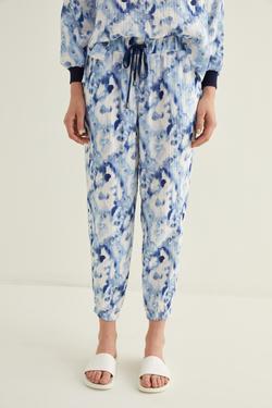 Paçası Lastikli Batik Desenli Pantolon