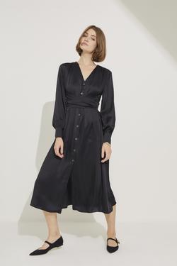 Önü Düğmeli Beli Kuşaklı V Yaka Elbise