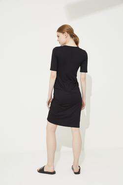 Kısa Kol Büzgülü Örme Elbise