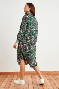 Yakası Fularlı Desenli Elbise