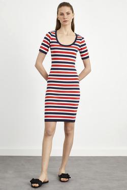 Çizgili Kısa Kol Triko Elbise