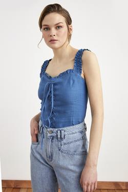 Önü Bağcıklı Crop Keten Bluz