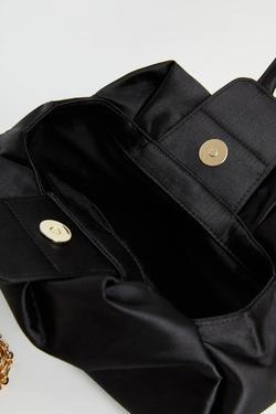 Zincir Detaylı Saten Çanta