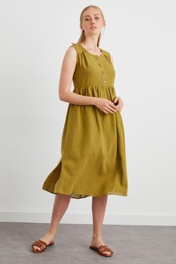 Önü Düğmeli Büzgülü Kolsuz Elbise