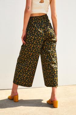 Beli Kuşaklı Cepli Clotte Pantolon