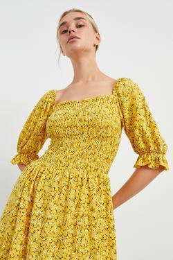 Gipeli Kare Yaka Örme  Elbise