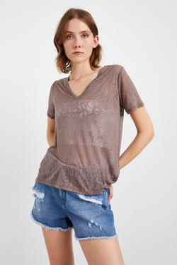 V Yaka Kısa Kol Tişört